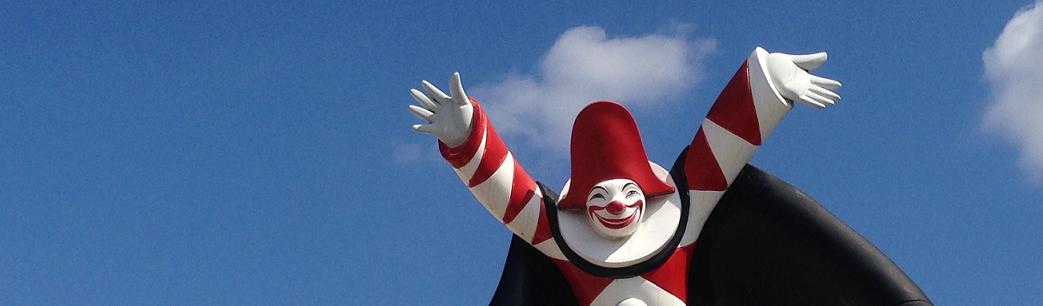 Carnevale di Viareggio, Burlamacco, la maschera ufficiale